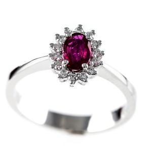 0,48ct rubiini ja briljantidega sõrmus, valge kuld