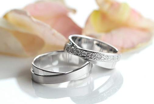 abielusormused valge kuld